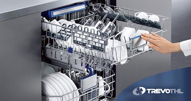 Saiba como lavar mais gastando menos, com o uso de uma lava louças industrial.