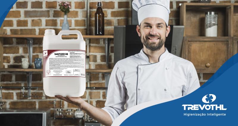 Evite problemas mantendo a higienização de sua cozinha industrial em dia